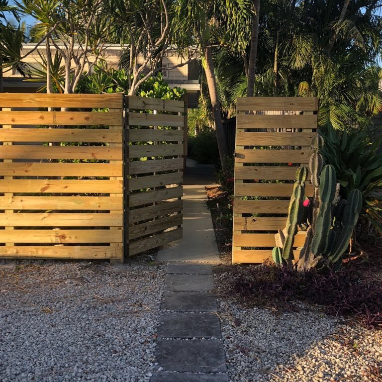 best fence company in Fresno California