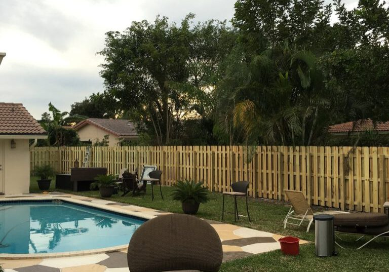 pool fence contractor in fresno ca