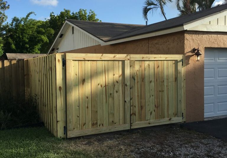 wood fence installation in Fresno California